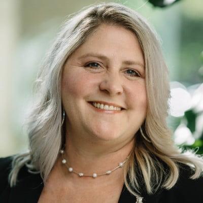 Tracy Tamura Regional VP, Midland National Life